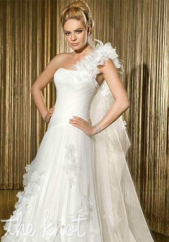 Demetrios 1420 Wedding Dress photo
