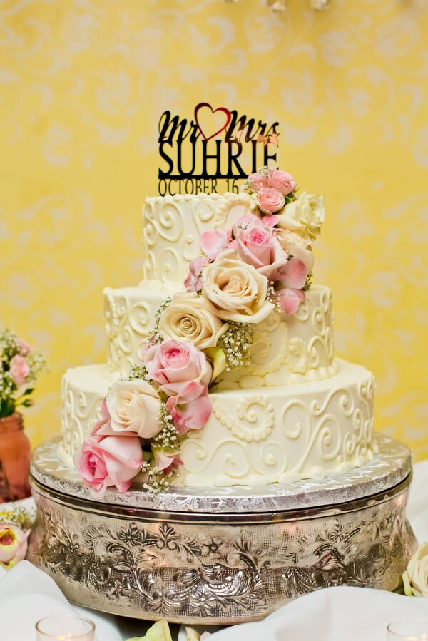 Asian Wedding Cakes + Desserts