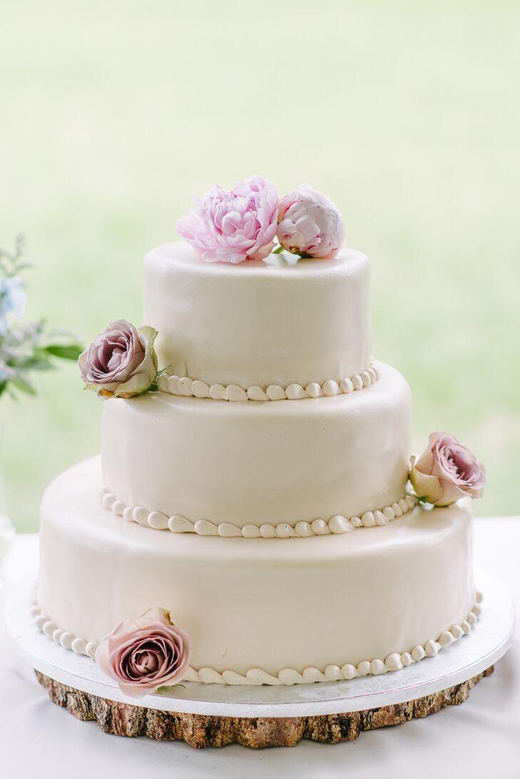 Traditional English Wedding Cake With Royal Icing