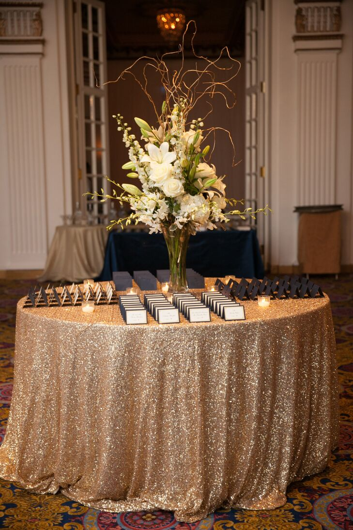 Navy and gold escort cards for Wedding cocktail tables decorations