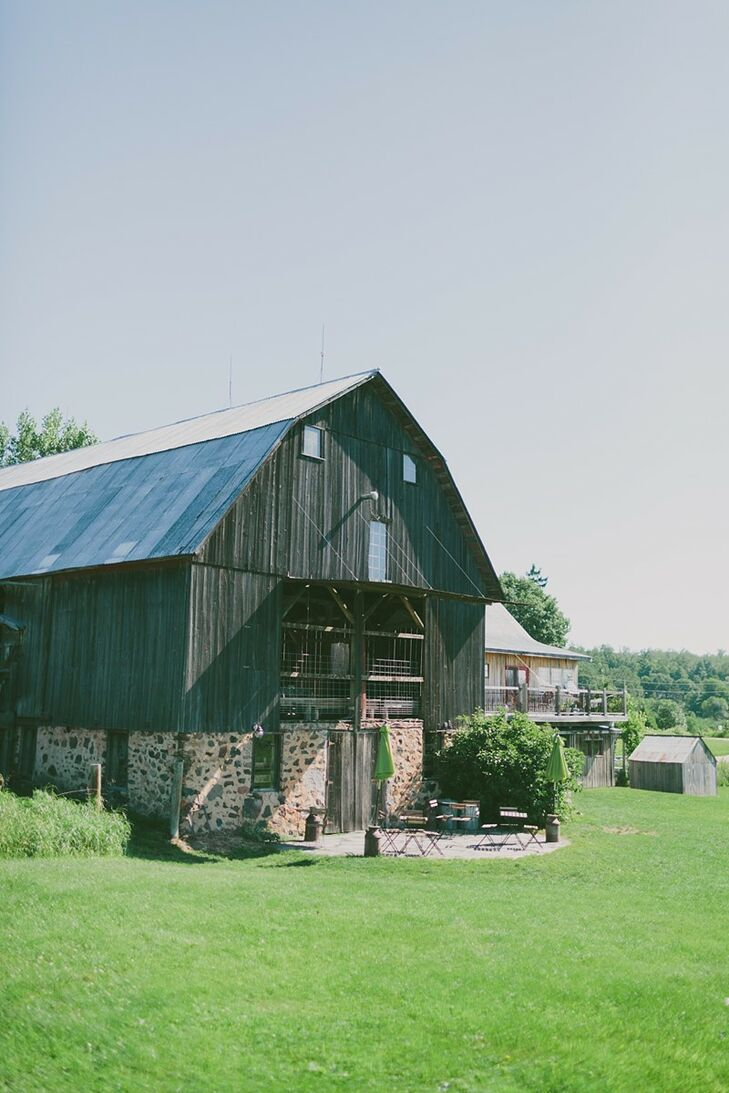 On of the best parts of throwing a wedding at The Enchanted Barn was that Erin and Zach could invite up to 20 members of their wedding party to sleep over at the Grand Shanty, a house on the property where guests can stay after the reception without worrying about transportation.