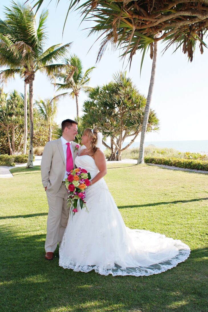 A Whimsical Tropical Themed Wedding At The Naples Beach Hotel And Golf Club In Florida