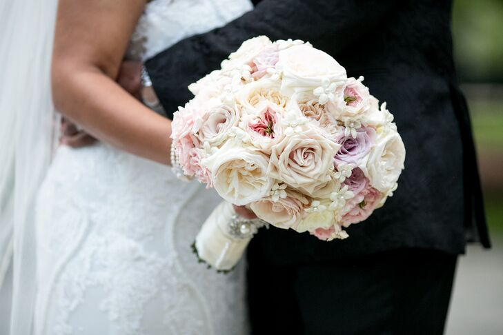 Pearl-Accented Blush Rose Bouquet