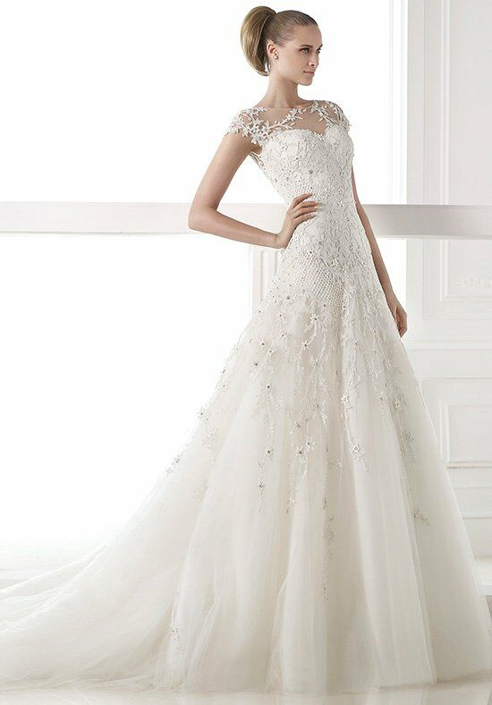 PRONOVIAS Centaurus Wedding Dress photo