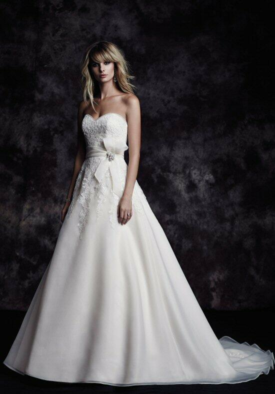 Paloma Blanca 4607 Wedding Dress photo