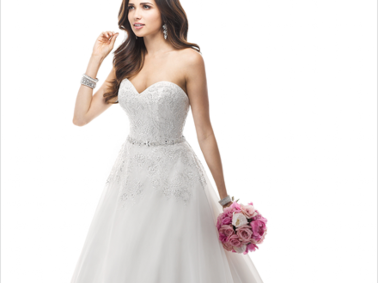 Wedding Dresses in Independence