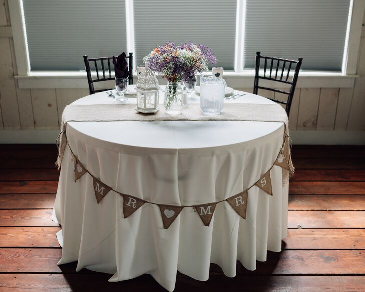 Rustic Sweetheart Table With Burlap Bunting