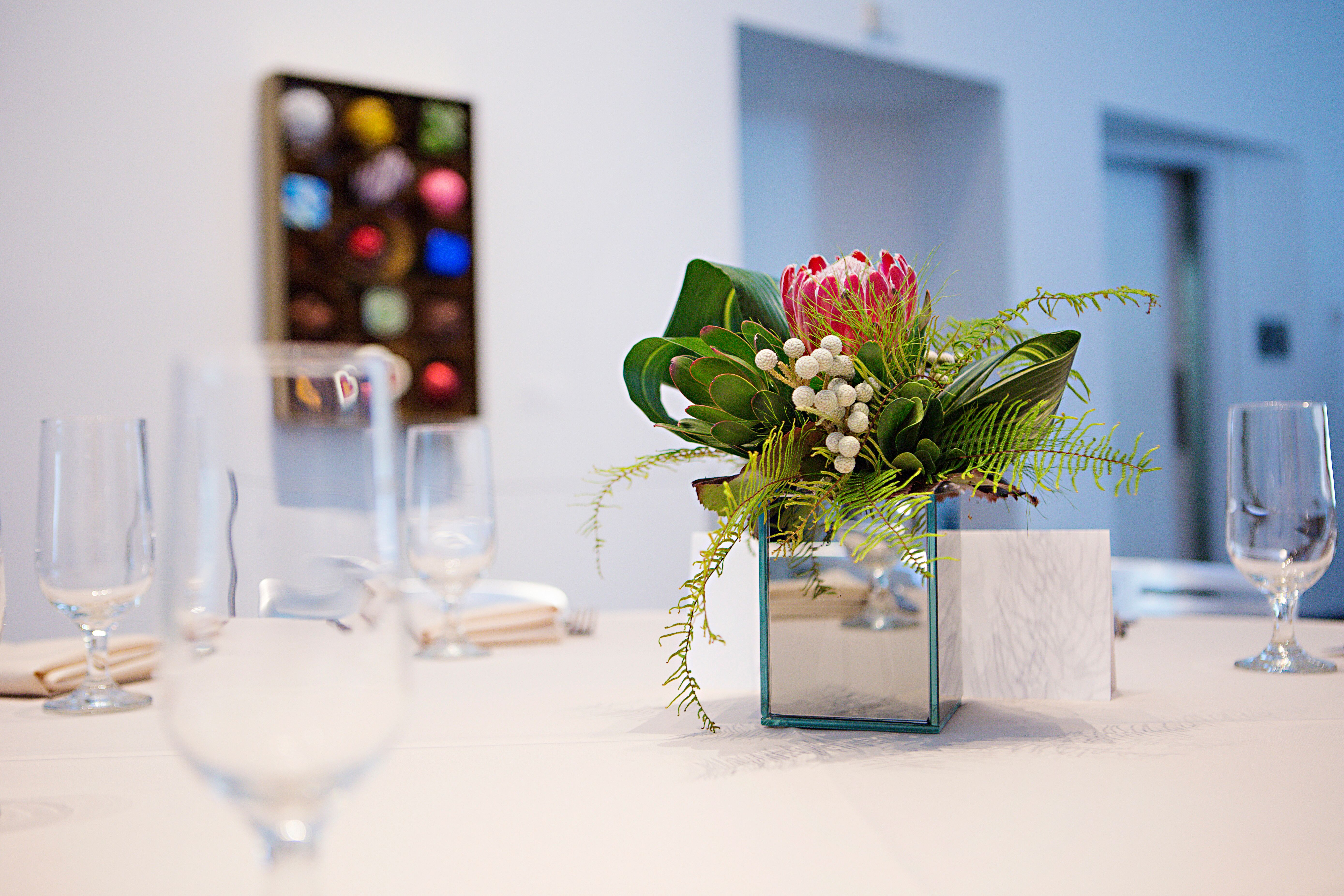 Small Cube Mirror Vase Centerpieces