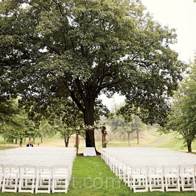 Ceremony Under A Tree: A Naturally Elegant Wedding In Pittsburgh, PA