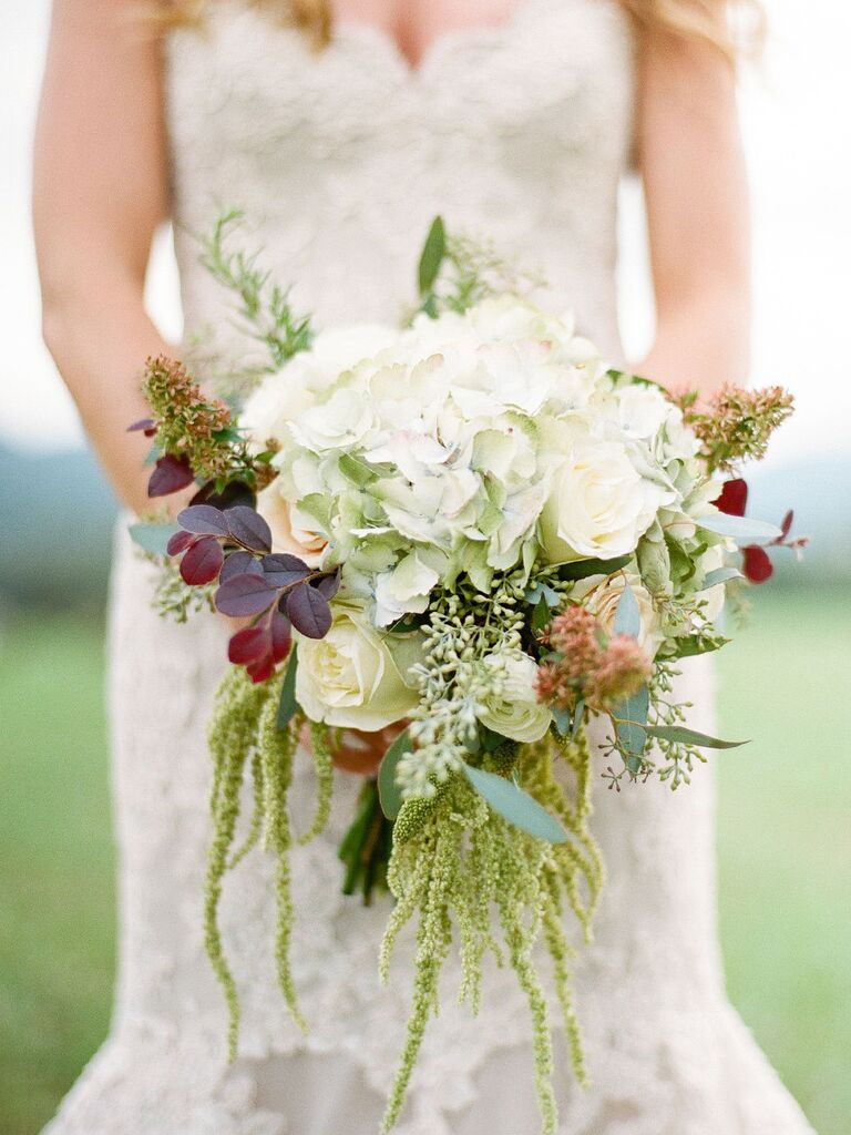 15 fall wedding bouquet ideas and which flowers theyre made with antique hydrangeas and traditional roses junglespirit Choice Image