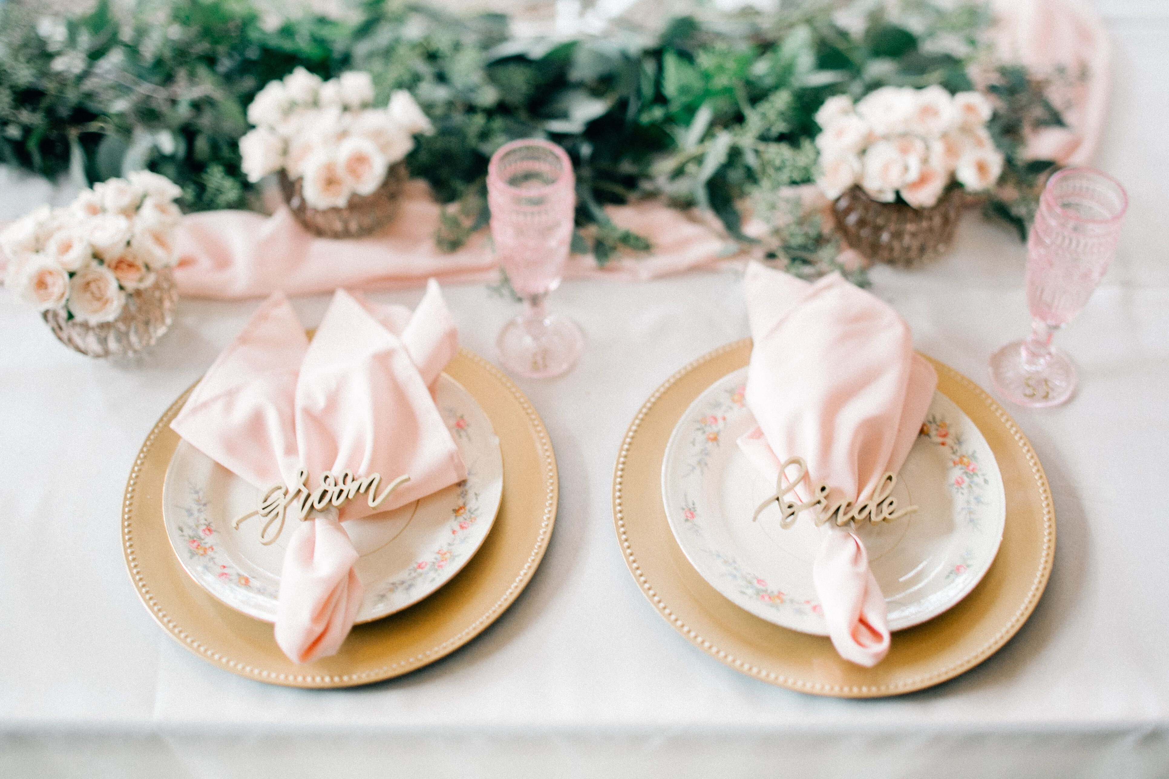 Bohemian China Place Settings With Soft Pink Linens And Gold Napkin Ring Place Cards