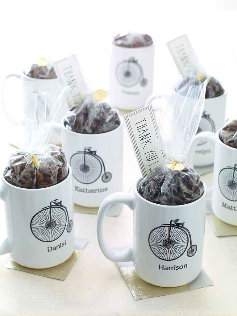 Personalized wedding favor coffee mugs with hot chocolate mix