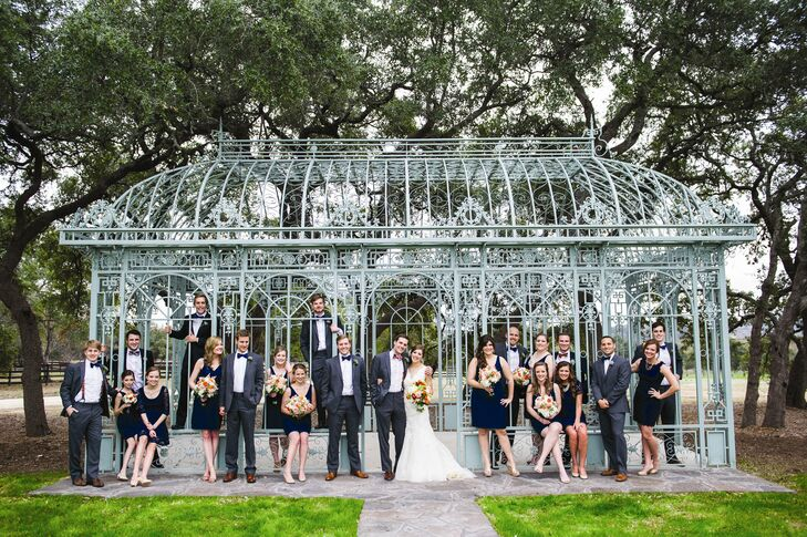 creative bridal party portraits at Ma Maison