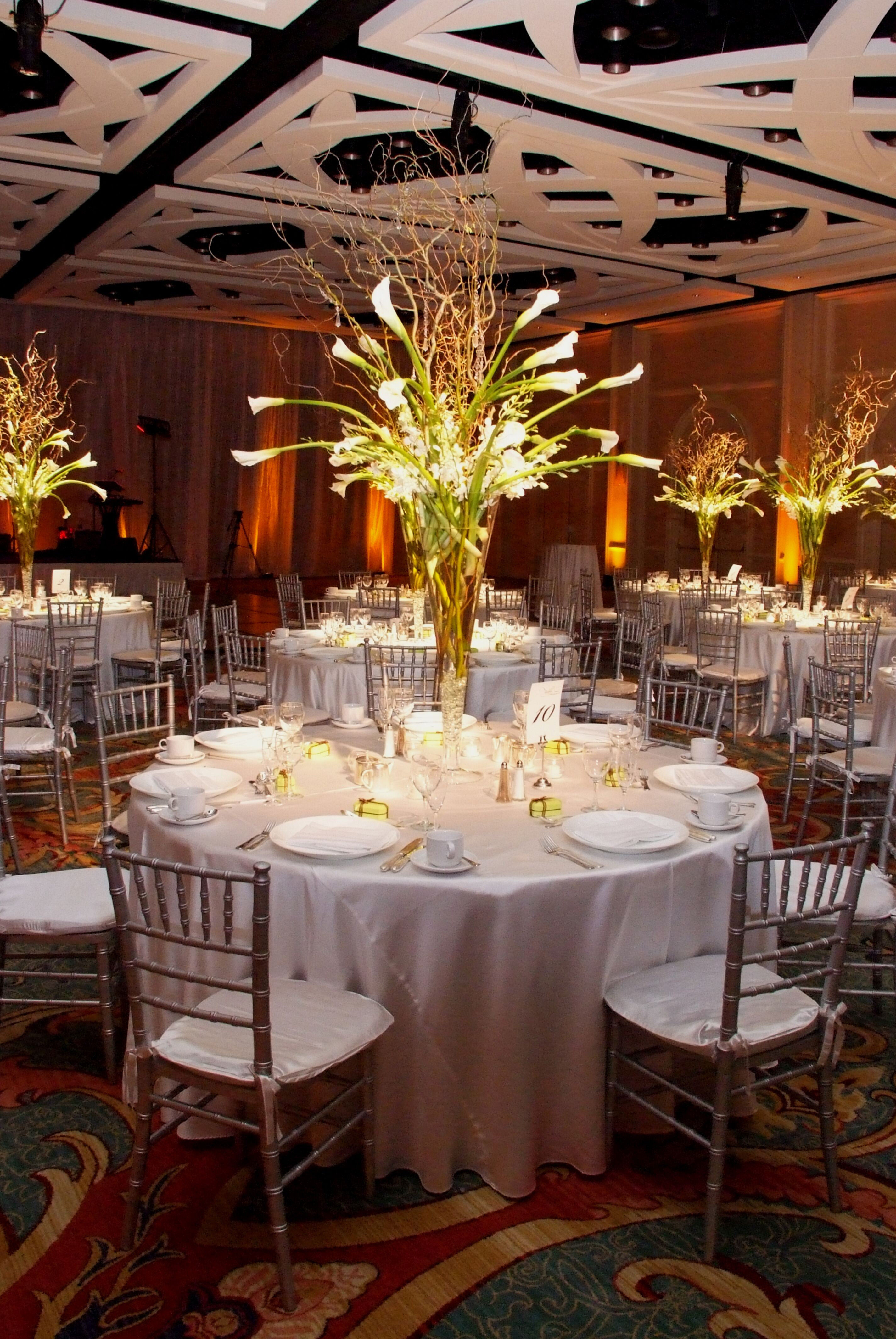 Tall Light Up Calla Lily Centerpiece