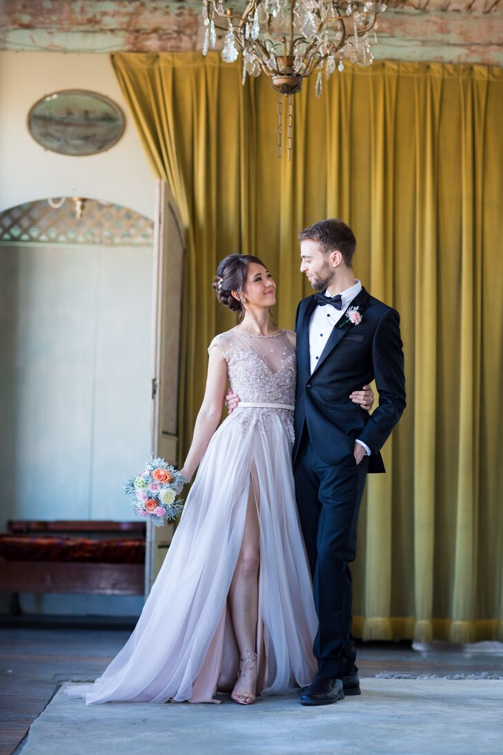 A DIY, Vintage Wedding at the Metropolitan Building in New York City