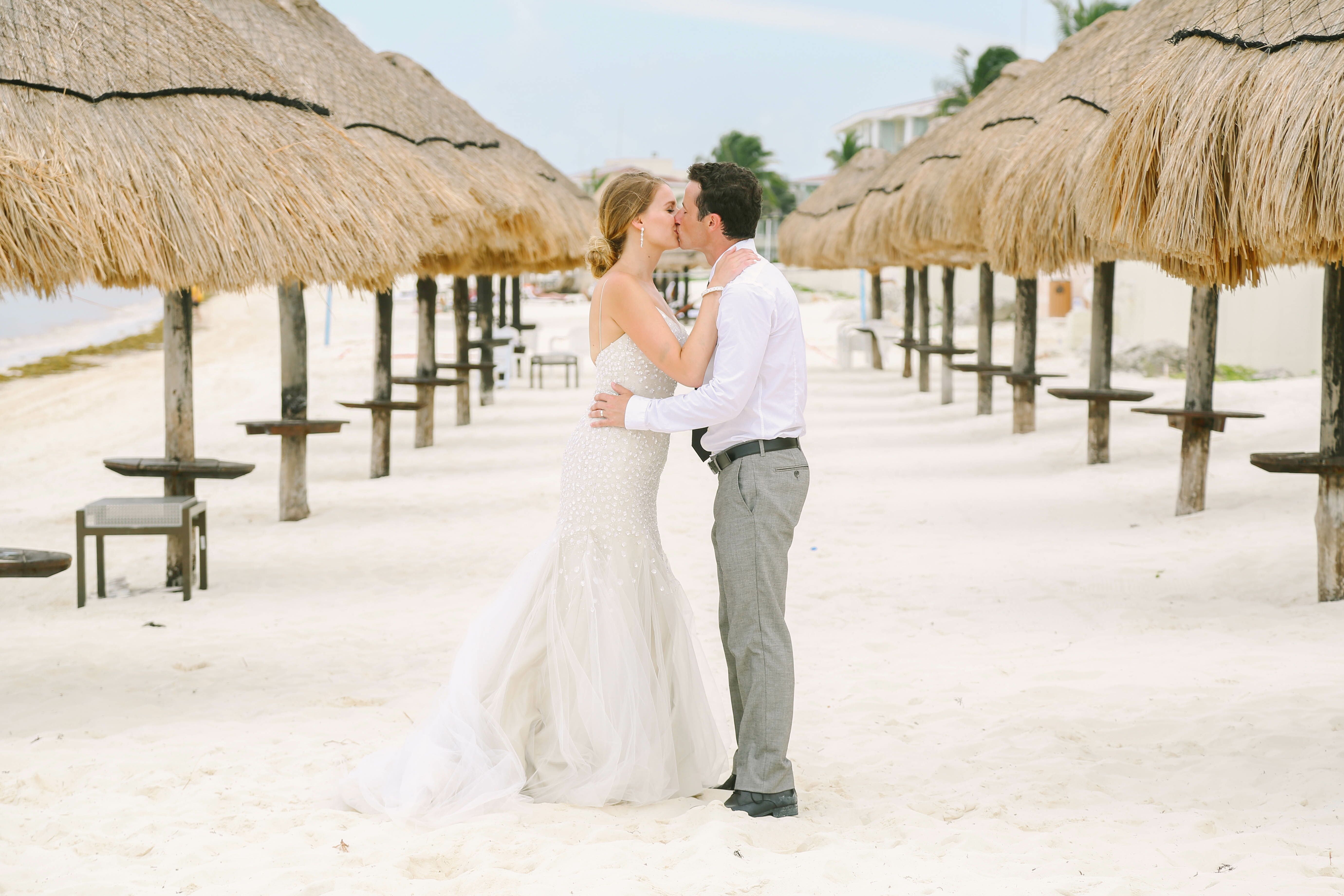 A Beach Destination Wedding At Moon Palace Golf Spa Resort In Cancun Mexico