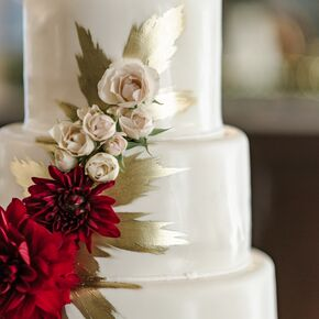 Fall wedding cakes hand painted gold fondant cake junglespirit Image collections