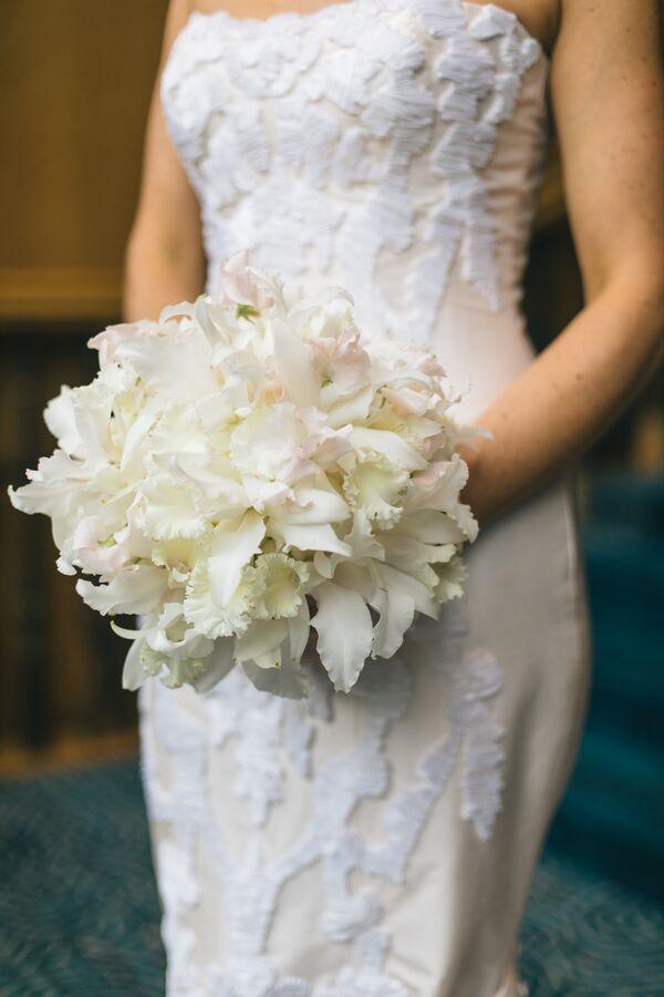 Sweet Pea Flower Wedding Bouquets
