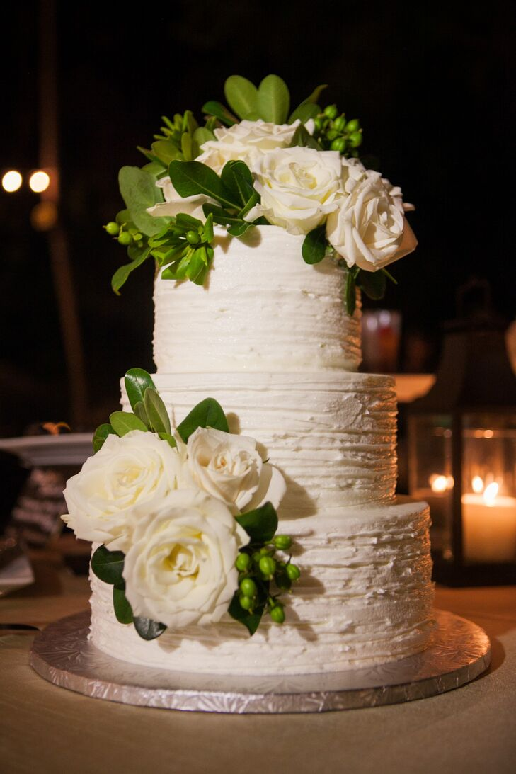 wedding cakes in miami a classic outdoor wedding at ernest hemingway home and 24703