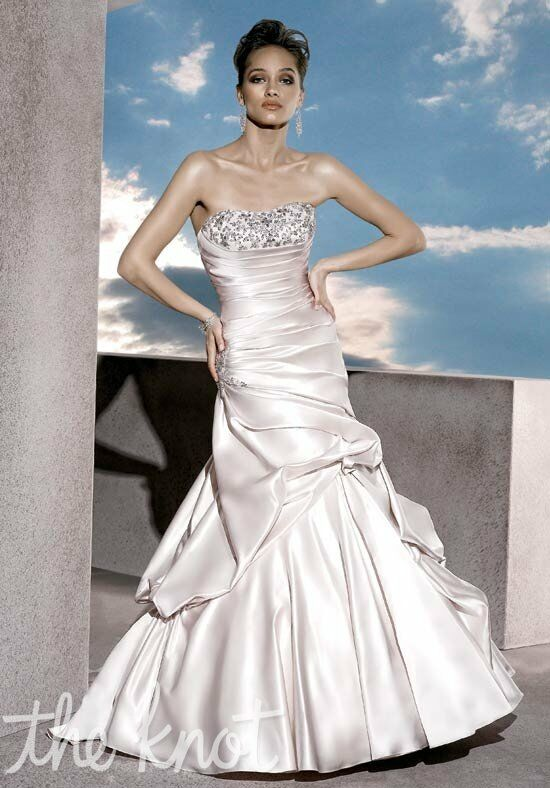 Demetrios 4290 Wedding Dress photo
