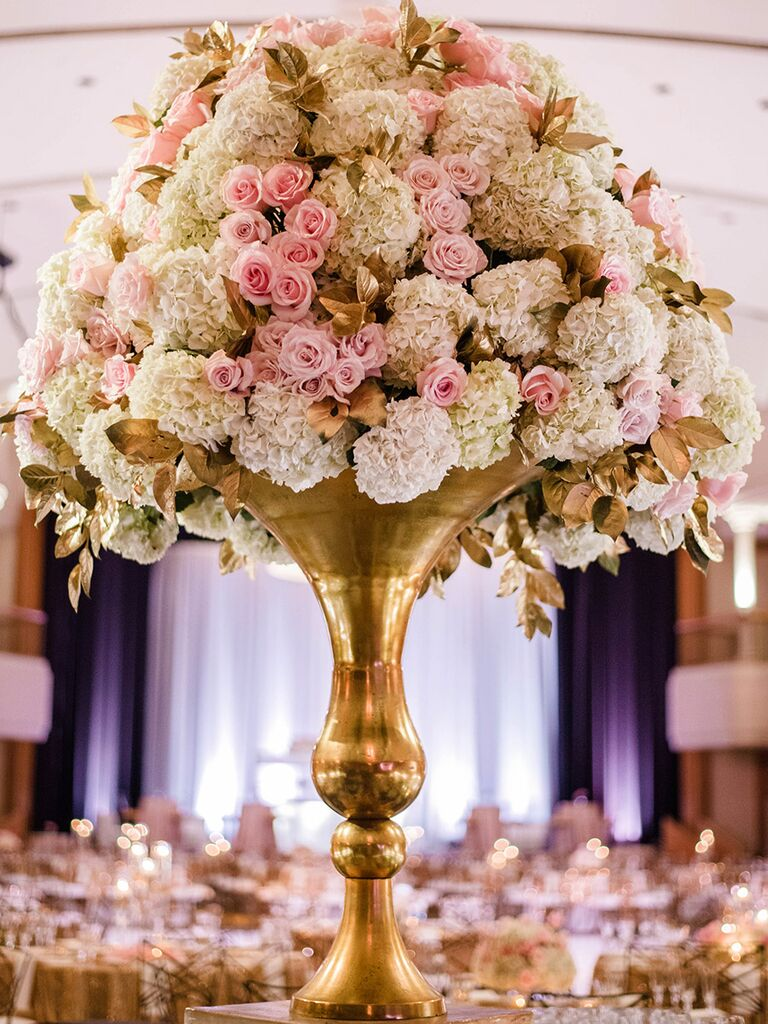 Stunning tall centerpieces for wedding receptions tall centerpieces with roses and gold vases for wedding reception reviewsmspy