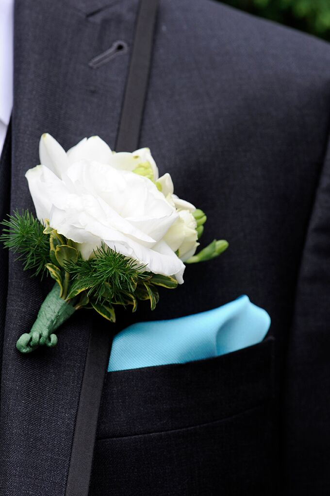 White flower boutonniere mightylinksfo