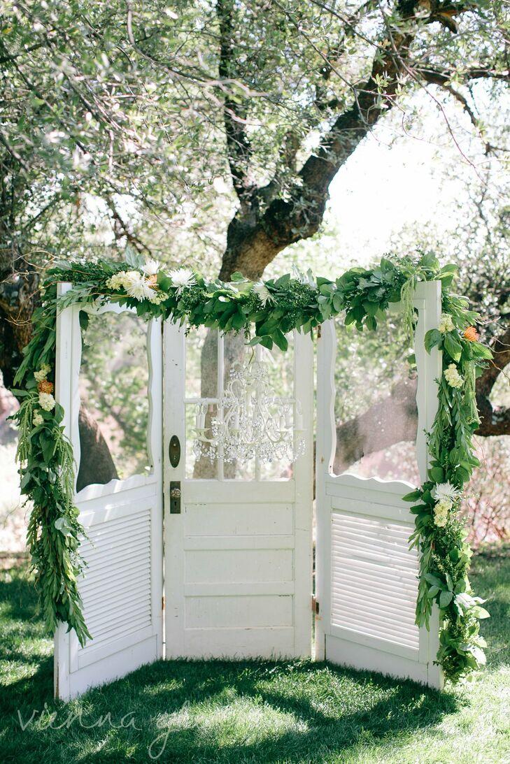Shabby-Chic Wedding Arch
