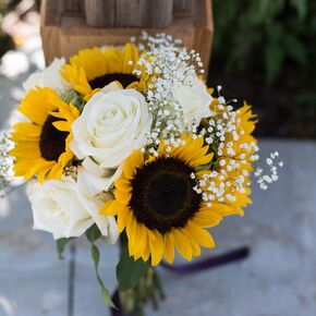 Sunflower wedding bouquets sunflower and white rose bridal bouquet junglespirit Image collections