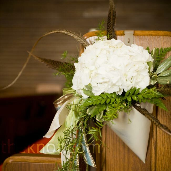 Flower Arrangement For Church Pulpit: White Pew Arrangements