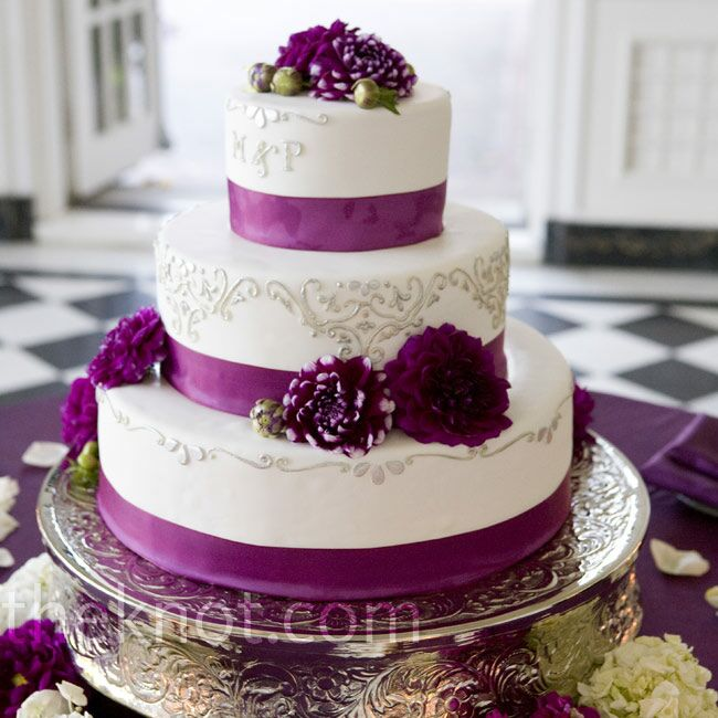 wedding cake with ribbon magenta ribbon cake 26957