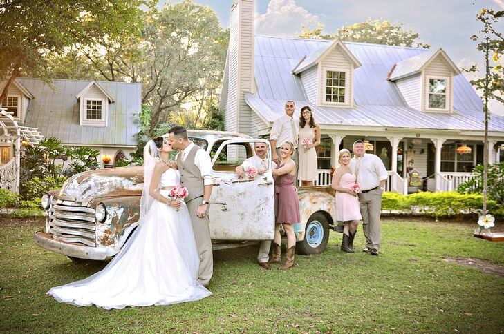 a rustic country wedding at gigi s country garden in plant city