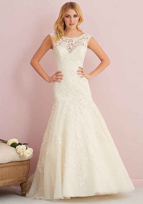 Allure Romance 2760 Wedding Dress photo