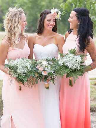 Messy curly and wavy half-up bridesmaid hairstyles