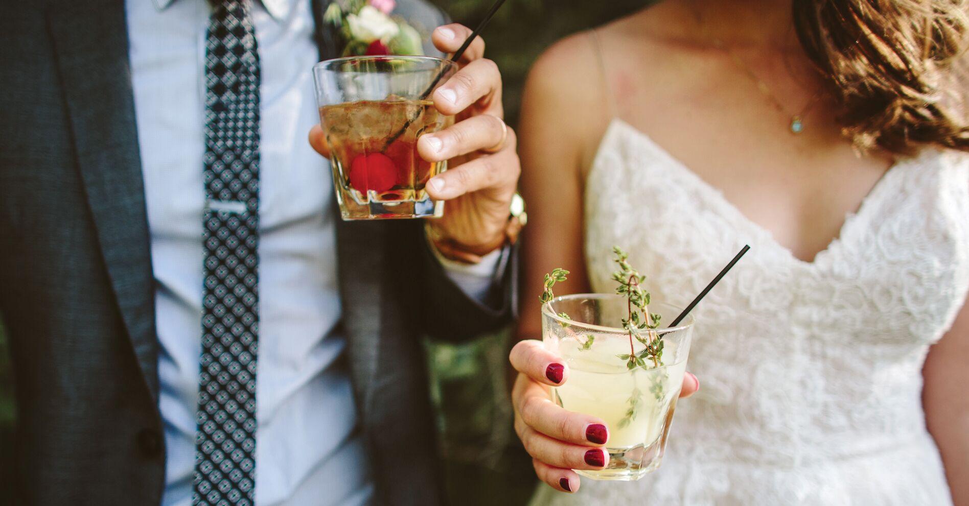 Average Monetary Gift For A Wedding: Alcohol For My Wedding: How Much Does Wedding Alcohol Cost?