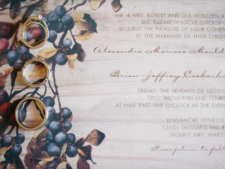 invitations with leaves and foliage