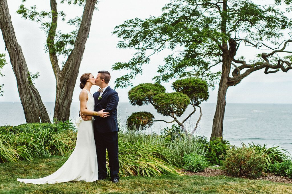 Wedding Invitations Cleveland: A Yacht Club Wedding With A Modern Twist At Cleveland