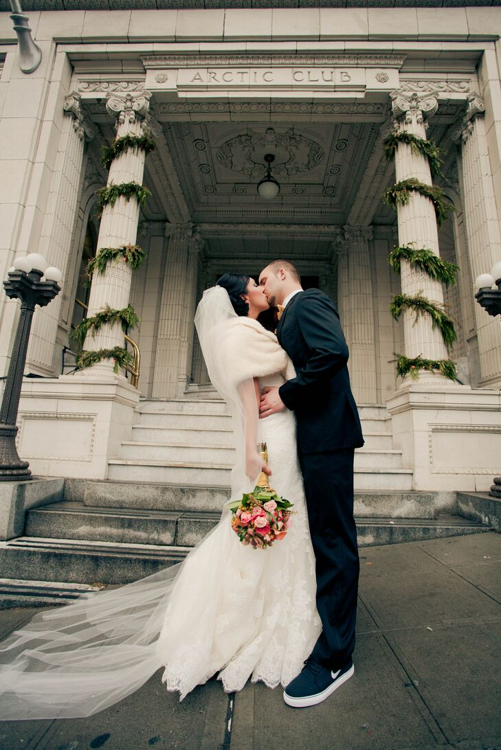 Shantelle and Alex Kissing, Wedding Venue
