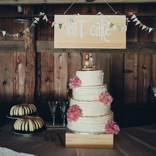 A Rustic Barn Wedding in Nebraska City