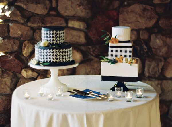 Houndstooth and Plaid Cakes