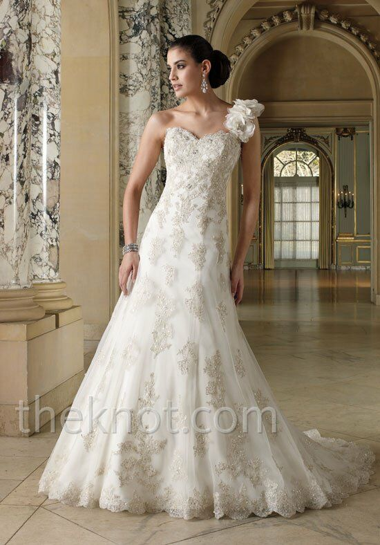 David Tutera for Mon Cheri 212257 Wedding Dress photo
