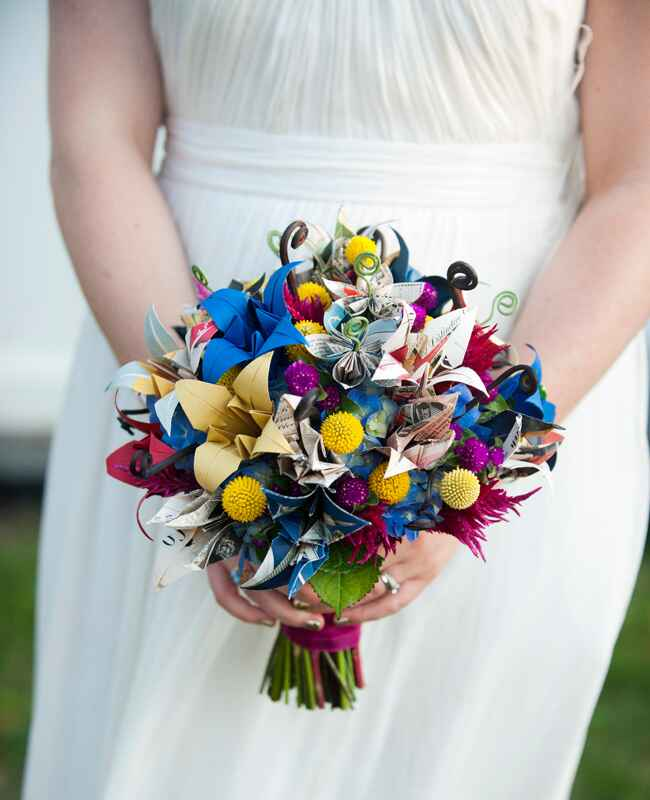 Flower Bouquet Alternatives // Justin & Mary Photography // The Knot Blog