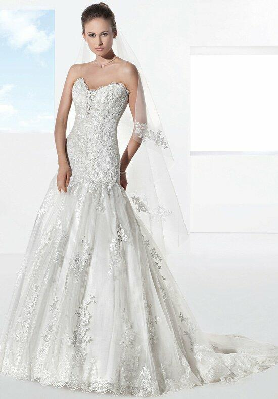 Demetrios 1452 Wedding Dress photo