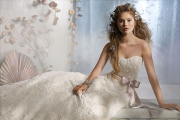 Wedding dress preservation concord nh junoir bridesmaid for Wedding dress preservation houston
