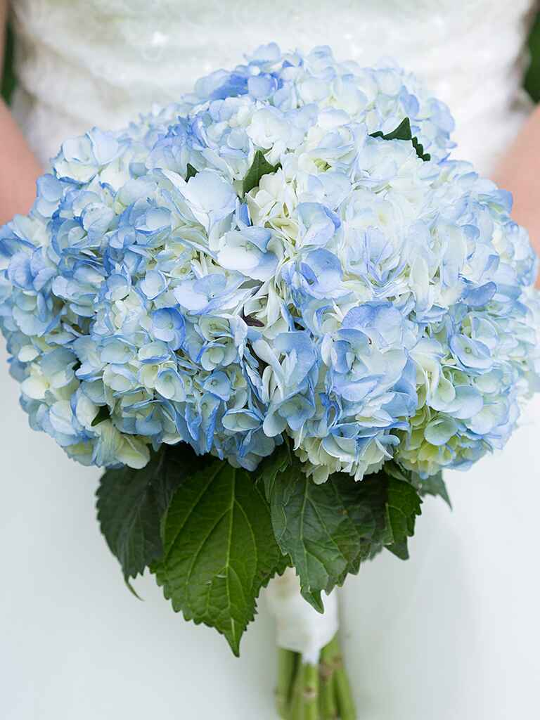 the 15 prettiest hydrangeas bouquets we ve ever seen. Black Bedroom Furniture Sets. Home Design Ideas