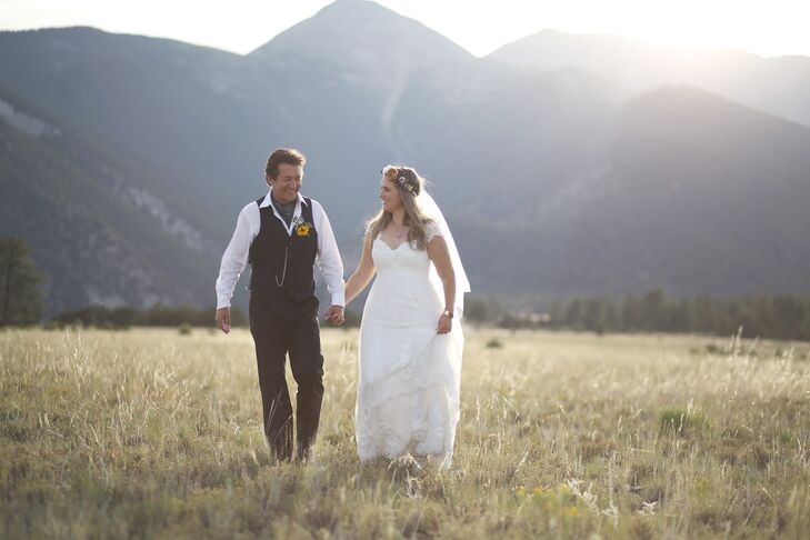 Inspired by their adventurous personalities and natural Colorado venue, Becky Light (30 and a nonprofit administrator) and Brad Light (51 and an actor