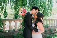 Trisha Ruiz (28 and a legal analyst) and Greg Hammond (28 and a legal analyst) wanted an elegant garden wedding flecked with gold and bursts of fresh,