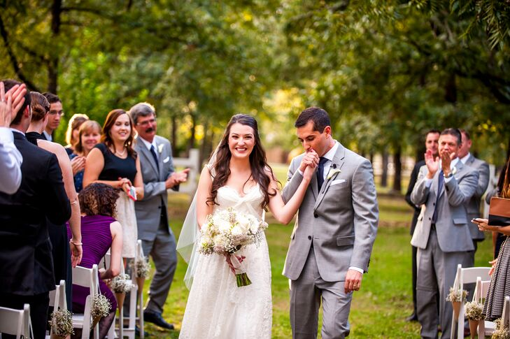 A Whimsical Vintage Wedding At The Venue Grove In Phoenix Arizona