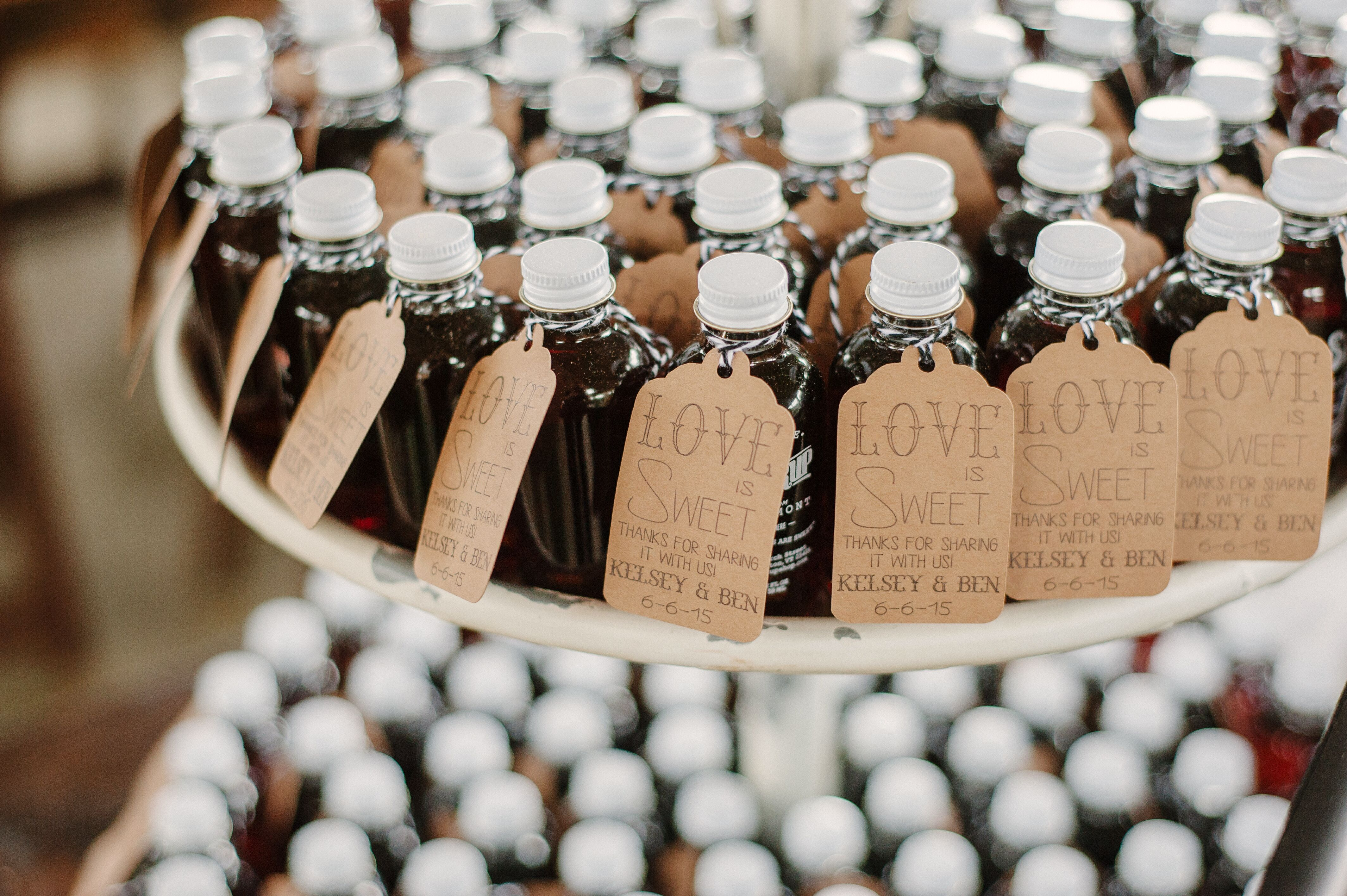 991e7f2a922 Customized Maple Syrup Wedding Favors