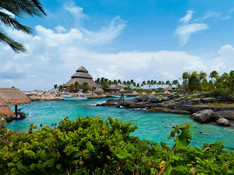 Cancun honeymoon weather and travel guide