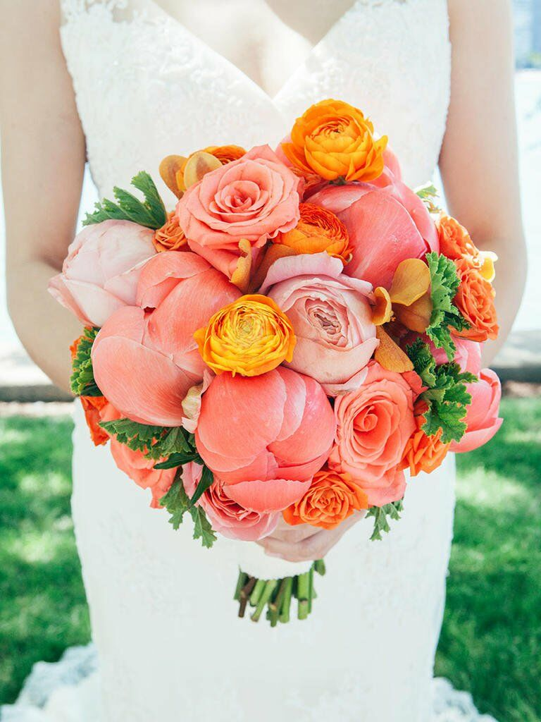 Bright bridal bouquets are the latest wedding flower trend for Bright wedding bouquet